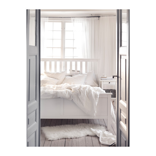 HEMNES Cama Queen + tablillas Luröy