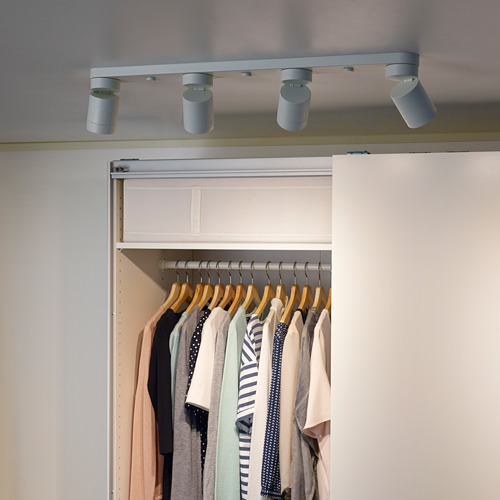 NYMÅNE lámpara de techo con 4 focos
