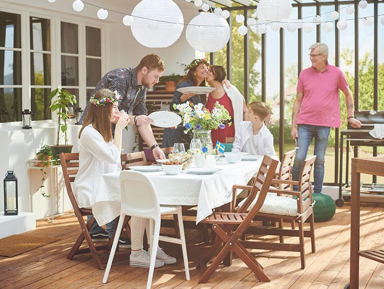 Celebra el MIDSOMMAR, la fiesta sueca del verano